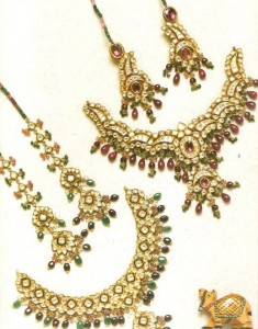 Full set with complex design for brides 235x300 Latest Pakistani handmade Kundan Jewelry
