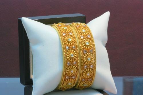 Handmade Gold Bangles e1333220606111 Handmade bangles fashion / trend