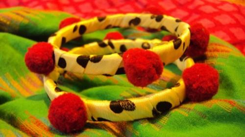 Handmade bangles fashion e1333220848360 Handmade bangles fashion / trend