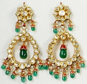 Handmade earings 300x288 Latest Pakistani handmade Kundan Jewelry