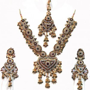 Indian Kundan bridal Jewelry 300x300 Indian handmade Kundan bridal jewelry