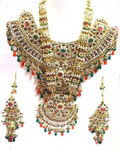 Kundan bridal jewelry set 241x300 Indian handmade Kundan bridal jewelry