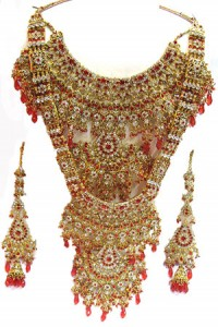Kundan bridal set made in India 200x300 Indian handmade Kundan bridal jewelry