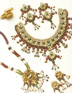 Bridal Kundan jewelry, made in Pakistan