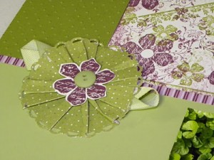 Pleating Scrapbook 300x225 Handmade Scrapbook Making Tips