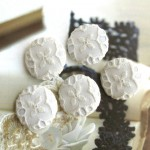 Ivory off white Cotton Lace Flowers Floral Handcrafted Fabric Buttons