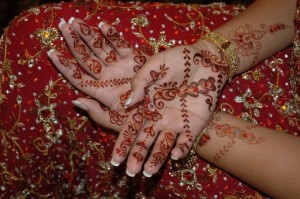Bridal Arabic Mehndi Design 300x199 Latest Mehndi designs for Eid and Wedding