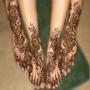 Hand and Feet Mehndi Designs 300x300 Latest Mehndi designs for Eid and Wedding