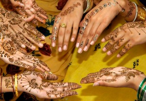 Latest Bridal Mehndi Desings 300x208 Latest Mehndi designs for Eid and Wedding