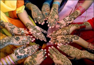 Latest Mehndi Designs for Eid and Wedding 300x210 Latest Mehndi designs for Eid and Wedding