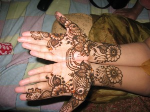Latest Mehndi Styles 300x225 Latest Mehndi designs for Eid and Wedding