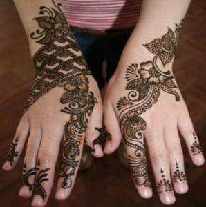 Beautiful and Complex Wedding Mehandi Design 298x300 Back Hand Mehandi Designs