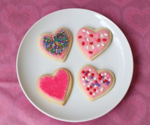 Conversation Heart Sugar Cookies 300x250 5 DIY Valentines Day Craft Ideas for Couples