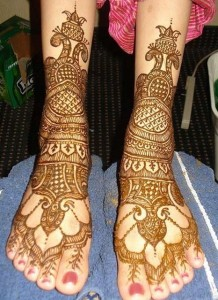 Dulhan Feet Mehndi Design 218x300 Bridal Mehndi Designs (Dulhan Henna Designs)