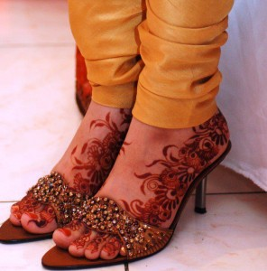 Feet Mehndi Desing for Wedding