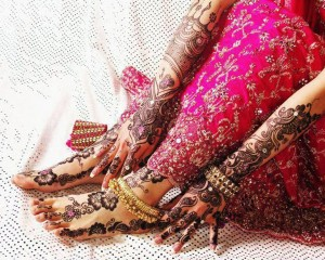 Pakistani Bridal Mehndi Design 300x240 Bridal Mehndi Designs (Dulhan Henna Designs)