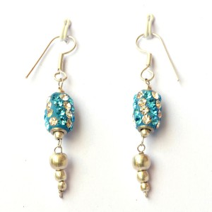 Nice Hangings 300x300 How to get Handmade Beaded Earrings