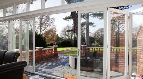 Selecting the Ideal Bi-fold Doors for Your Living Room