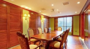 What Are the Benefits of Timber Dining Table?